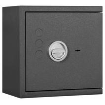 Lyra Grade 1 Certified Safe - Size 1- Closed Door View